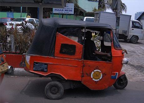 Straßenverkehr in Indonesien